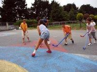 Jugando al hockey