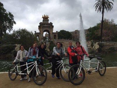 在巴塞罗那1h的双人自行车出租