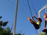 Iniciándose en el trapecismo