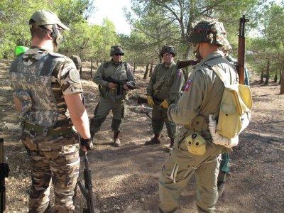 Batalla láser para despedidas Almansa con barbacoa