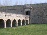 Las murallas que rodean Pamplona