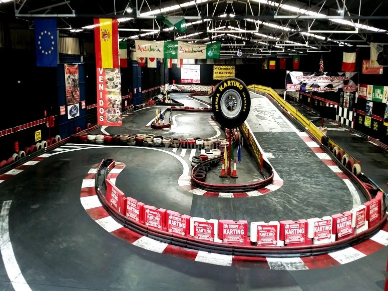 Circuito di go-kart indoor