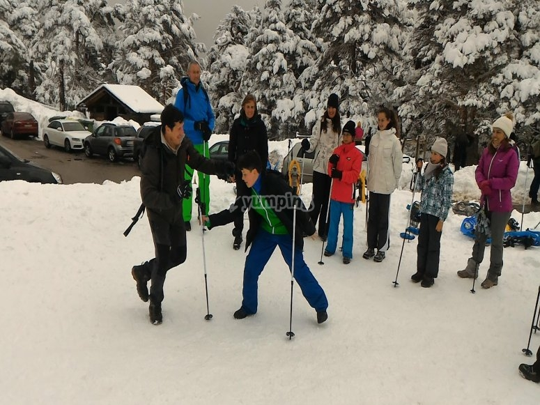 Learning how to walk wearing the snowshoes