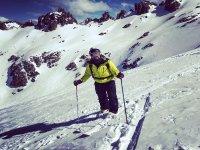 滑雪板提升