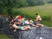 Disfrutando de un campamento