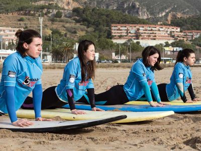 90 minute private surf lessons in Sitges