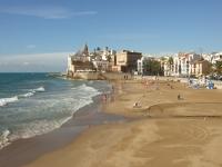 锡切斯海滩,欧洲最美丽的海滩之一