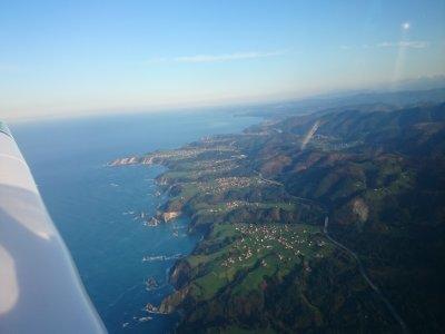 乘飞机在阿斯图里亚斯乘飞机1小时