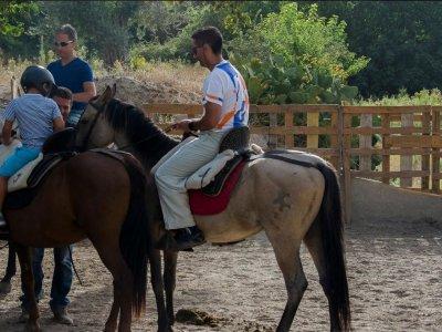 Vacaciones a caballo en Granada Iniciación