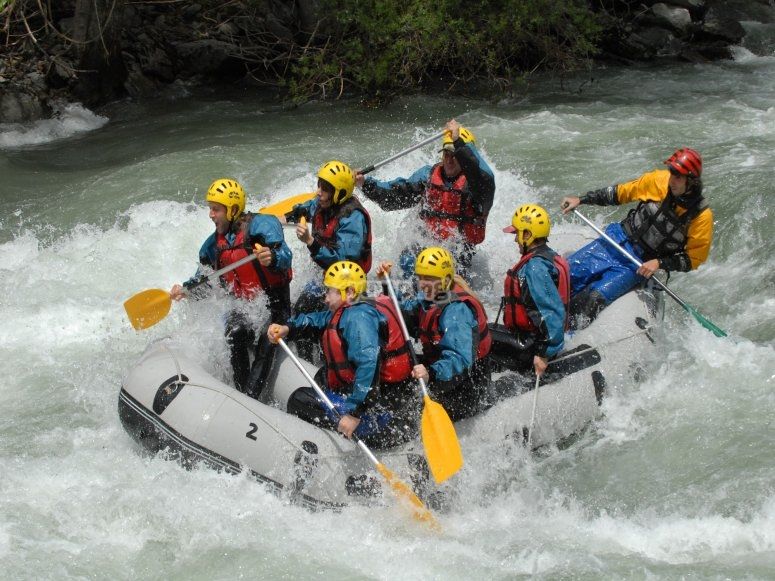 Descenso rafting Sort