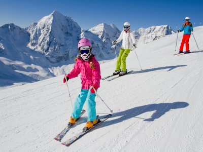 Clases colectivas de esquí en Baqueira para niños