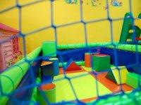 juguetes hinchables en formas geometricas