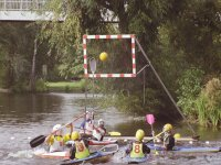 Jugando al Kayak Polo