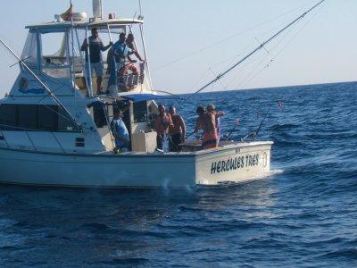 Pesca en barco por costas de Cádiz durante 1 hora