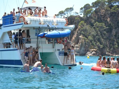 Crucero en catamarán Lloret de Mar todo incluido