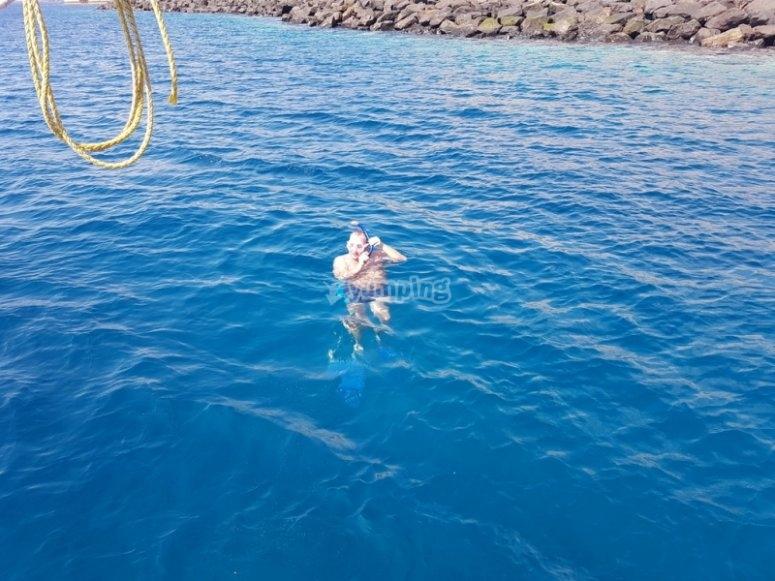 Buceo con equipo snorkel