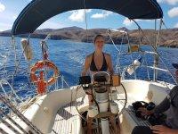 Viaje en barco por el mar