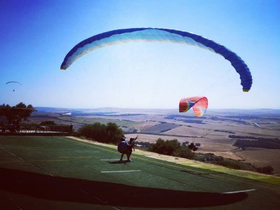 Paragliding the coast of Cádiz with video up to 30 min