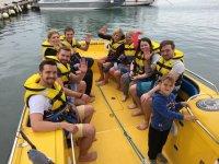 等待出海--999-在Ibiza的快艇