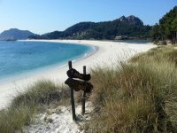 By boat to the Cies Islands