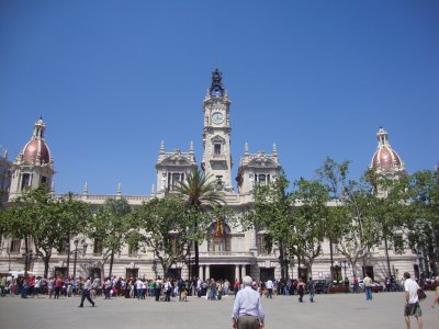Rent a scooter in Valencia for one day