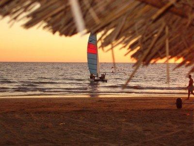 Curso de catamarán en la playa de Camarón 5 días