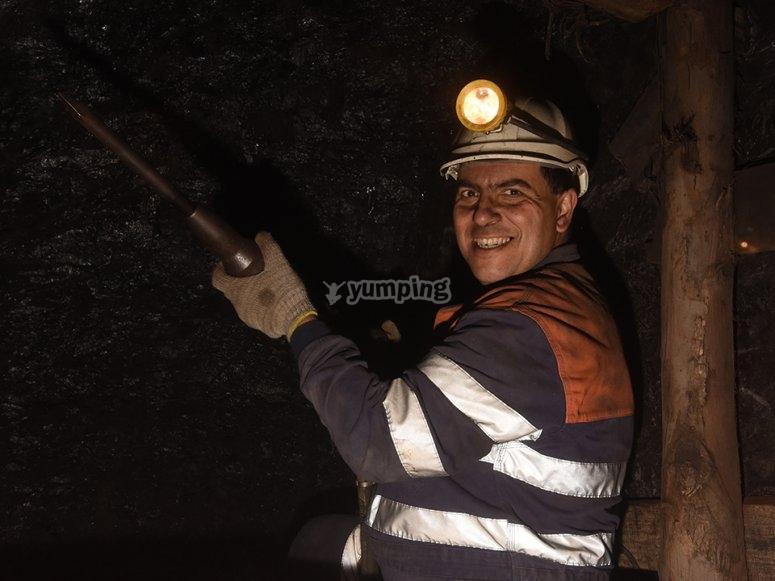 picar carbón mina asturiana