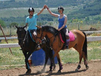 Campamento equitación Valladolid para niños 1 día