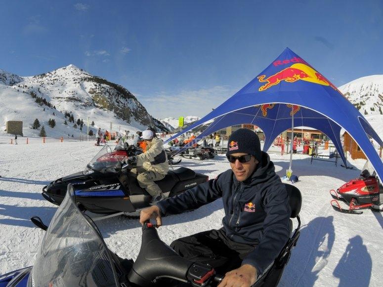 Snowmobile in Cerler