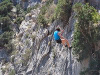 Rappelling in amazing landscapes
