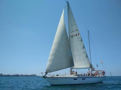 在加的斯帆船游览了4个小时