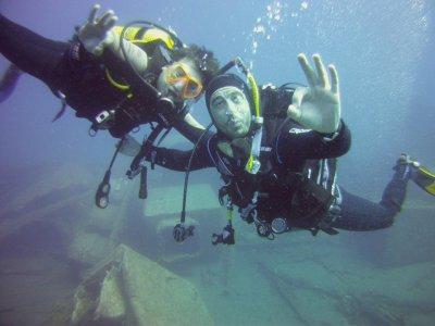 Costa Teguise的高级开放水域潜水课程