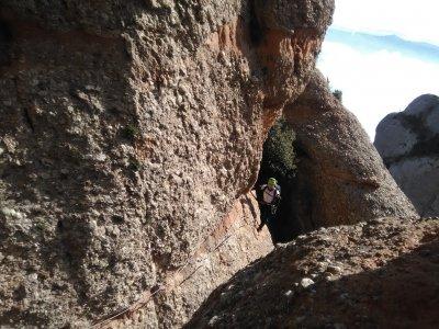 在蒙特塞拉特的Ferrata /攀岩和滑翔伞飞行
