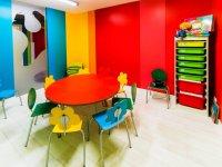 Aule spaziose e colorate per imparare