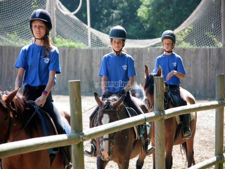 Alumnos a caballo