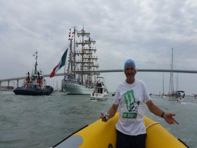 Navegar en lancha en playa Camarón grupos 2h