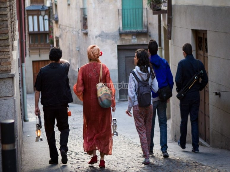 Guided tour around the streets