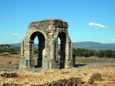Cáparra的4x4考古游览时间为8小时