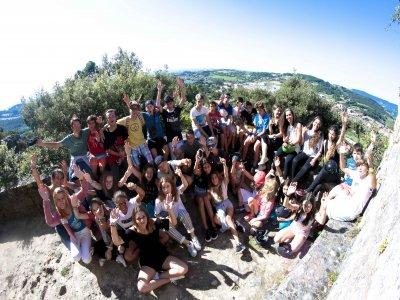 Campamento de surf con inglés para niños Sopelana