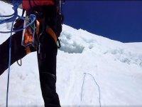 使用高山滑雪材料。JPG