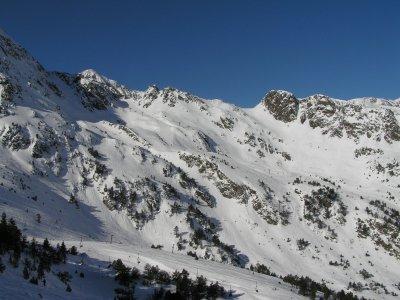 Vallnord站的滑雪通行证3天成人