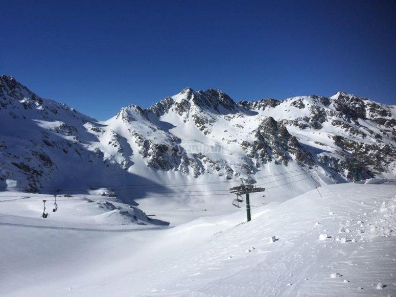 Esquia con nosotros