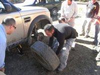 面临陡坡学习如何改变车轮