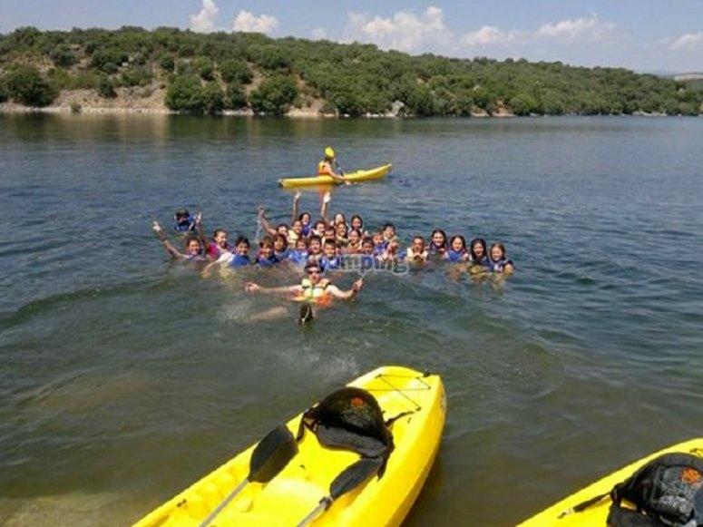 En el pantano con los kayaks