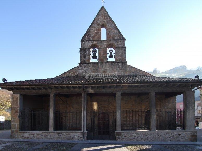 Iglesia Romanica de San Nicolas