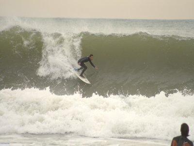 在Castelldefels冲浪材料2小时