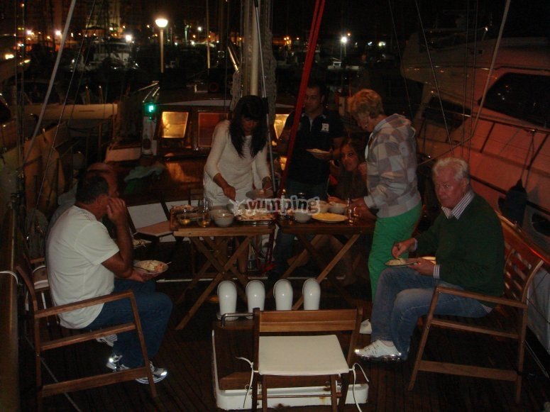 Boat trip for friends in Estepona