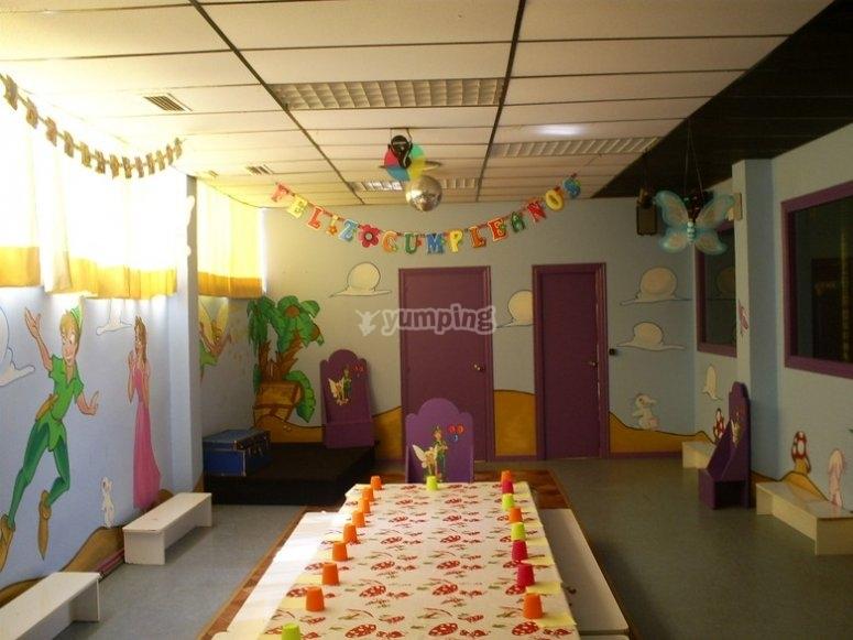 Vista su sala da pranzo per bambini