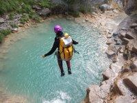 Jump to the Poza del Barranco