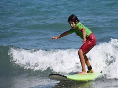 Surf camp a Sitges 5 giorni giugno o luglio